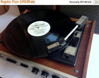 "SALE Turntable ,vinyl record player ,technics turntable, Record player, vinyl record, Working Turntable , working record player, ""accord 201"