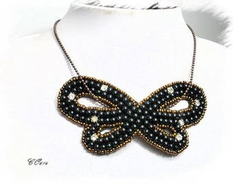 Black bow necklace leaf beads and rhinestones CO614