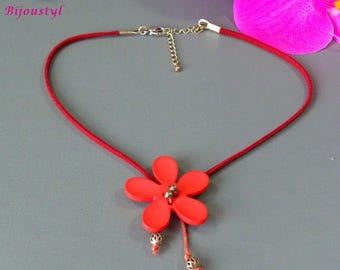 "Fancy - ""Key"" necklace - flower polyester rust 40 mm - white suede"