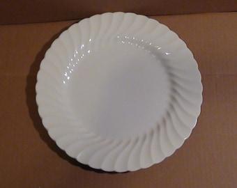 "Vintage Johnson Bros Ironstone ""Snowhite Regency"" Dinner Plate w/ Wave Design 93/4""  Made In England"