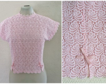 1950s Blouse 50s Pink Lace Back Button Bow Blouse Floral Guipure Lace 1960s Blouse Crop Top with Bows S / M