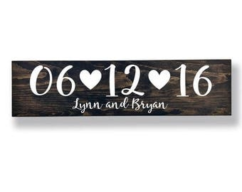 Save the Date Sign with Names, Engagement Sign, Wedding Date Sign, Save the Date Photo Prop, Engagement Photo Props, Wedding Sign