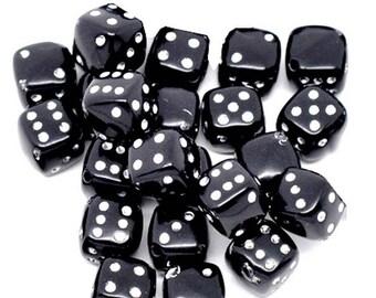Set of 10 black dice, 9mm acrylic beads