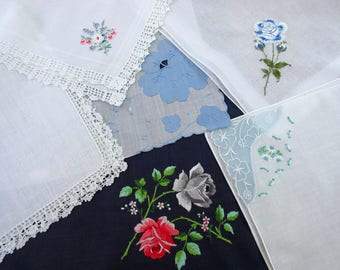 Vintage Hankies   ,  Floral Hanky , Blue   Hankies , Wedding Favors ,   Handkerchiefs - set  of 6.