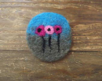 Flowers in a field, needle felted brooch - ready to dispatch