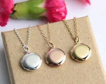 Locket Necklace, Gold Locket Pendant, Tiny Locket Necklace, Bridesmaid necklace, Bridesmaid Locket, Bridesmaid Gift, Round Silver Locket