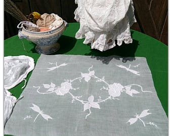 French Batiste Fabric Unused Rose Wreath Butterfly Applique Embroidered White Cotton Sewing Project Bridal Fabric #sophieladydeparis
