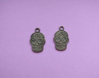 14 Sugar Skull Pendant Charm Bronze