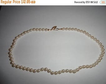 50% OFF Vintage Faux Pearl Necklace 18 inches