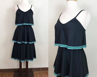 Vintage 1970s Dress / Tiered / Disco dress / green and blue ribbon / Cute /