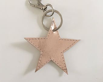 Star M key chain silver