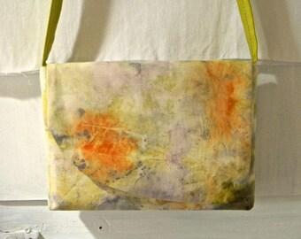 SB01 - Shoulder bag magnetic flap, shoulder bag, naturally dyed by contact.