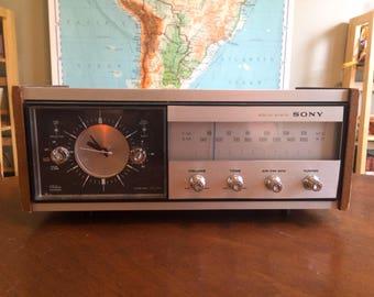 Vintage 1980 Sony AM FM Transistor Clock Radio Model 8FC-65W Working Wood Body