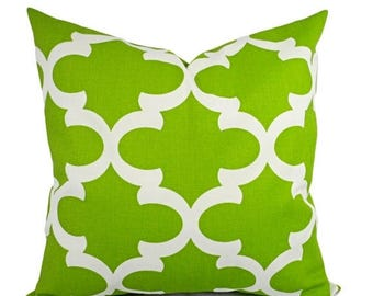 15% OFF SALE Two Green Pillow Shams - Green Pillow Cover - Green and White Quatrefoil Pillows - Green Decorative Throw Pillow - Accent Pillo
