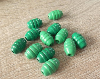 set of 12 gnocchi wooden beads painted