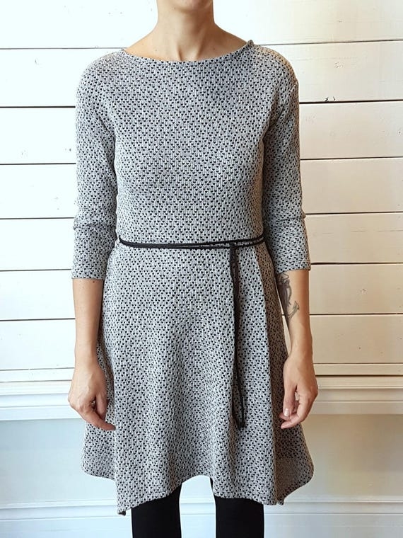 COME AS YOUARE - skater dress with three-quarter dress for women - greige grey