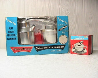 Cream and Sugar Set with Tray, NOS Dairy Farm Cream and Sugar Set with Tray and Tea Infuser