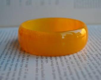 Yellow-Orange Bakelite Bangle - 1930s Art Deco Bracelet