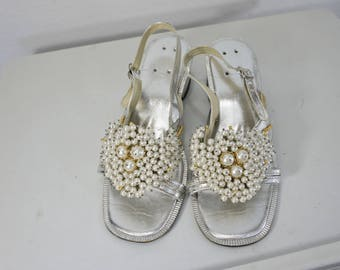 vintage metallic silver sandals with beads and pearls slingback size 7 1/2 or 8   open toe sandals Philippines