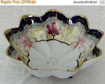 ON SALE Vintage Japanese Porcelain Nippon Hand Painted Scalloped Edge Footed Bowl, Japan Bowl, Formal Dining, Serving, Collectible Serving B