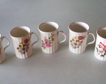 Queensway England Fine Bone China 5 Mugs Ribbed Floral Bouquet