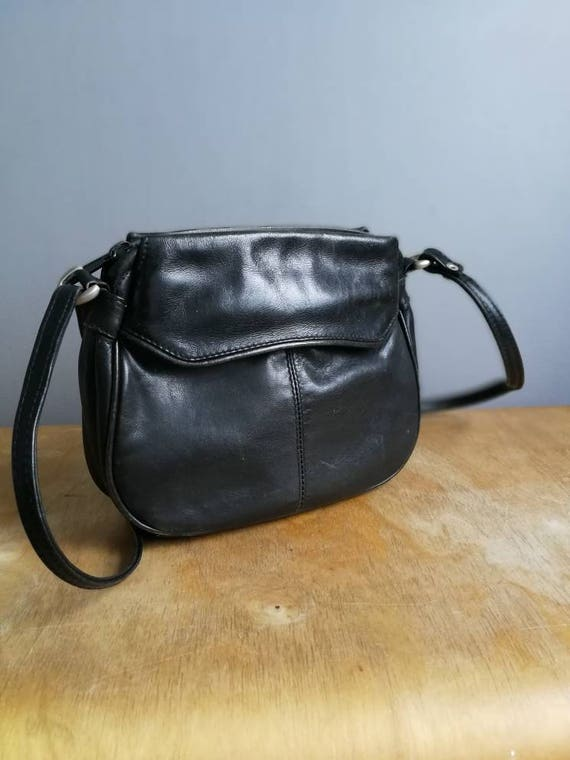 Black leather bag / slouchy soft leather purse / petite shoulder  bag / 90s black leather purse / vintage black leather bag