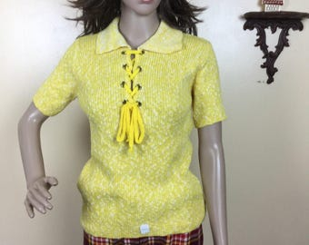 Vintage 70s lace up sweater top 1970s yellow hippy boho sweater Sm