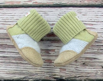 Baby Slippers, new baby booties 0-6 m made with soft merino wool, cashmere, sheep-skin insoles (ready to ship) - ONLY 1 available