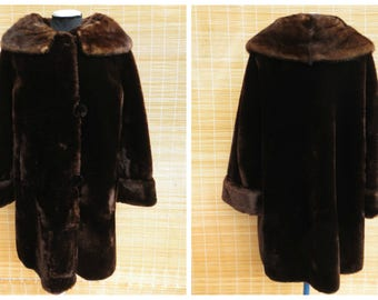 PRISTINE Authentic Vintage Mouton Coat Mink Collar XS to a Small Medium Gorgeous Condition