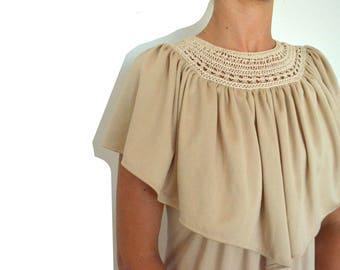 Vintage clothing - gold 70's maxi dress / boho wedding or prom dress! Ruffle and crochet neckline -  vintage dress - xs/sm