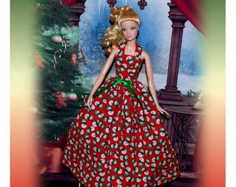 Easy On Wrap Snowman Christmas Dress.  Matching dresses for Sisters are in their Section.  (Dress only, Barbie doll not included)