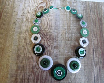 Button Necklace  Green, Black and White Button Necklace  Retro Vintage
