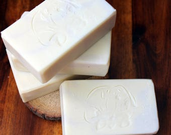 Peppermint soap, all natural soap, 4 ounce, palm free soap, bentonite clay, essential oil soap, mint soap, oily skin soap