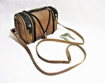 Vintage Distressed Tan Leather Small Folding Cross-Body Purse