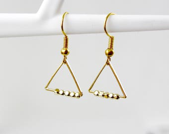 String of pearls - gold-plated earrings A21