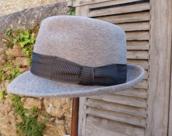 French vintage dove grey men's mohair fedora made by Mossant. Dove grey mens fedora with charcoal grey silk band. Boho chic