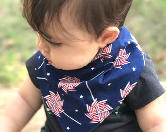 Absorbent Bib - The Ultimate Bib - Red White Blue Pinwheels Bibdana - Patriotic Bib - Organic Bamboo Fleece Bibdana - Perfect Toddler Bib