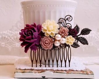 Plum purple Mauve and Ivory roses Country garden hair accessory Shabby chic bridal hair comb Rustic purple comb