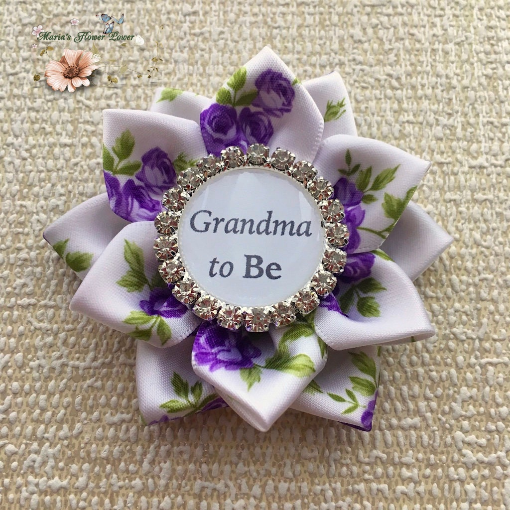 Grandma To Be Pin Brooch,Baby Shower, Mommy To Be, Mum To Be, New  Grandma,Great Grandma To Be Gift Present. Baby On Board Badge Pin Brooch