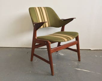 Vintage Danish Modern Armchair - Free NYC Delivery!