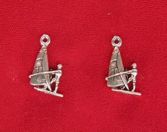 "10pc ""surfer"" charms in antique style silver (BC1303)"