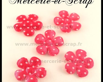 LOT 4 flower embelishment Fuchsia dots 28mm