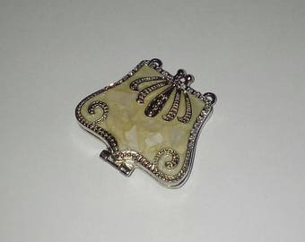X 1 large mother of Pearl purse and silver plated 40mm