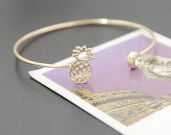 Open bracelet Golden pineapple and rhinestones