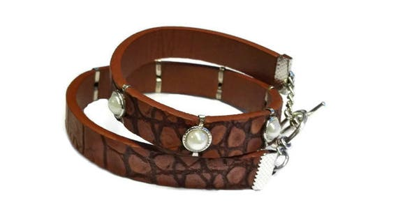 Wrapped faux leather bracelet with white beads by GunaDesign