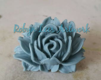 Large Blue Resin Rose Brooch with Silver Brooch Pin Back. Flower, Floral, Costume