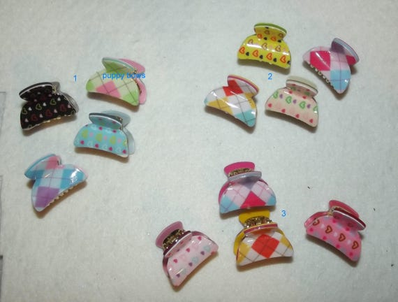 """Puppy Bows ~ set of 4 tiny 1"""" argyle plaid and heart jaw clip  ~ US Seller  (fb79)"""