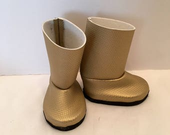 """DF27- 18"""" doll boots: gold tall boots with black soles"""