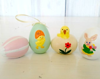 Ceramic Easter Eggs/Set of 4/Homemade Craft Hand Painted/Life Size/Hatching Chick/Easter Egg Collection/Cute Eggs/lindafrenchgallery