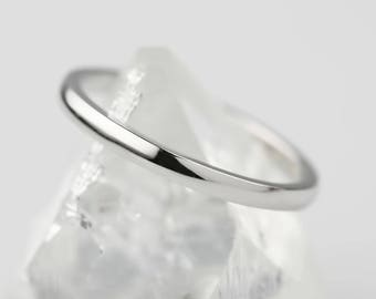 Thin platinum band, 2mm wedding ring, spacer ring, pt950, simple band, half round, comfort fit ring, w-rhrd-2mm